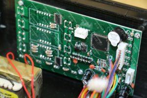 تکنولوژی ساخت پیشرفته برد به روش SMD و صنعتی