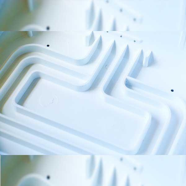 دستگاه جوجه کشی - محل آب